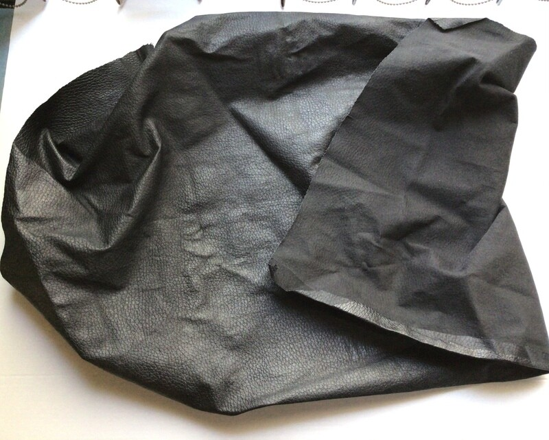 Leather: Thin Textured Black