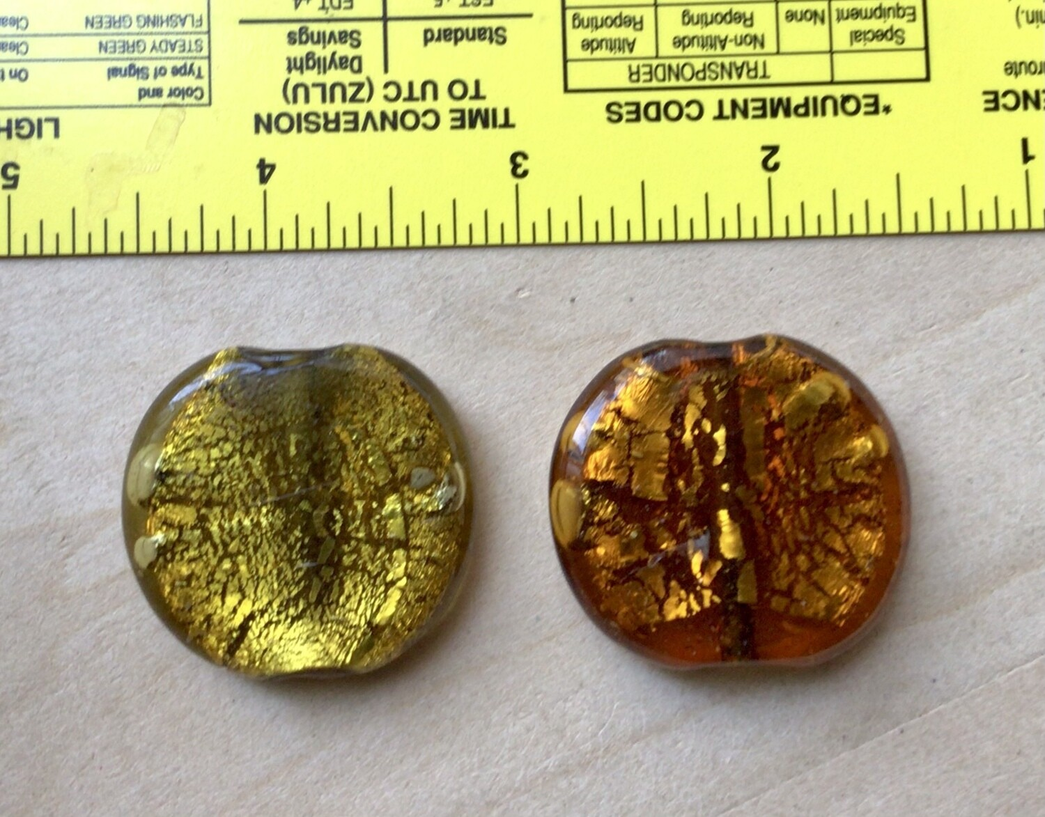Beads: Two Round Crackle Glass