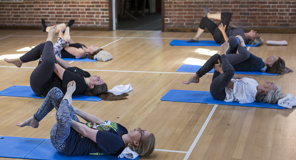12/10/20 Monday 16:00 Pilates with Miki