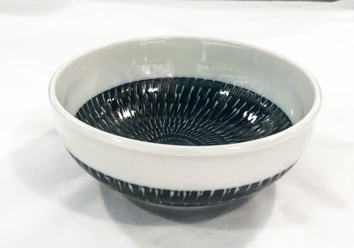 CONCEPT JAPAN- TOBIKANNA Ink Blue medium bowl / día 13 x 4.2cm
