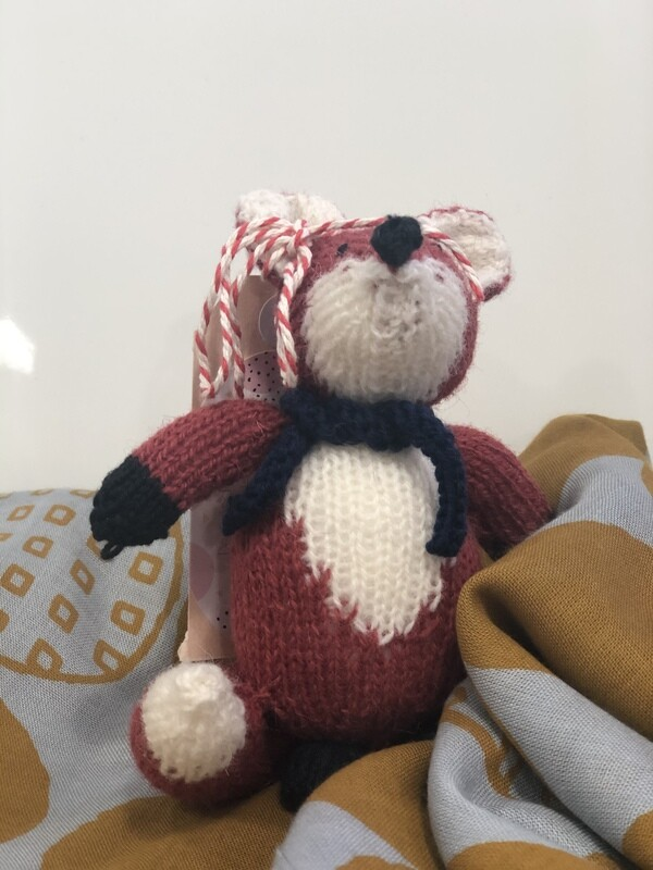 JENNY OCCLESHAW - hand knitted-Fox 13cm