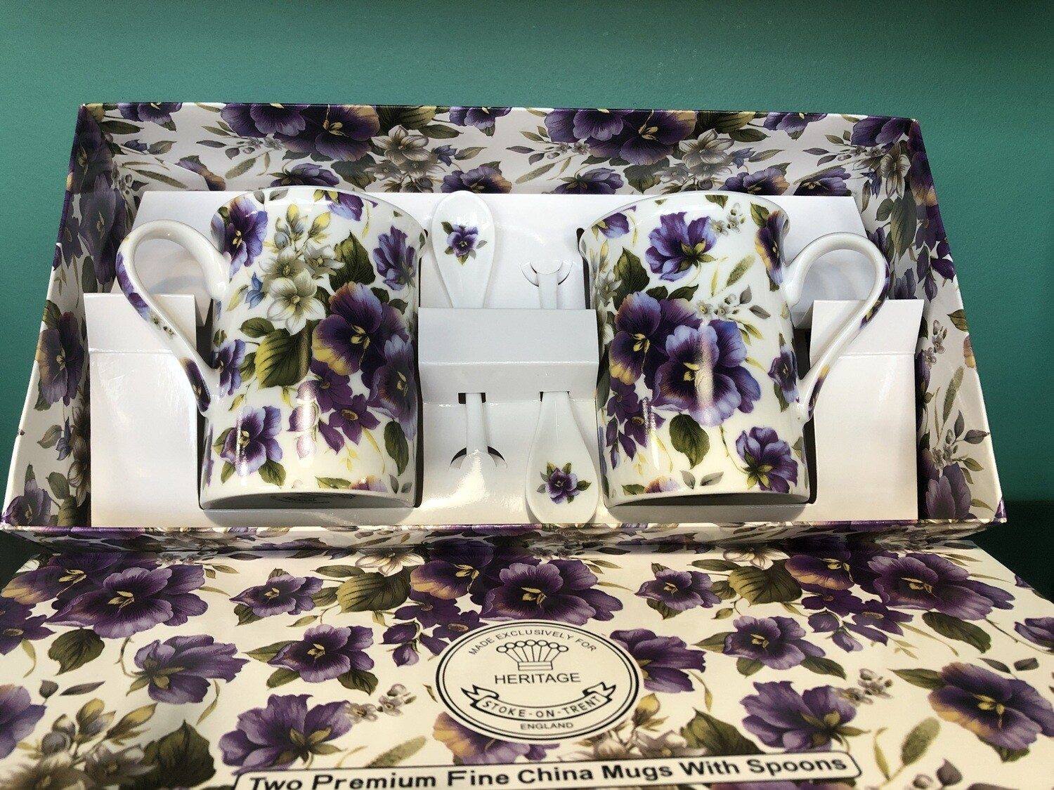 HERITAGE - Fine English Bone China Pansy 2 Mugs and 2 Spoons