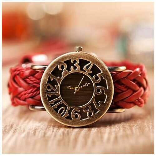 Nostalgia Watch With Old Time Rustic Dial - Color: Rustic Red
