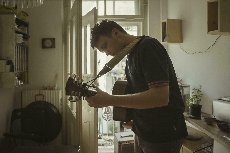 Das Debut-Album Porzellan vorbestellen: startnext.de/liann