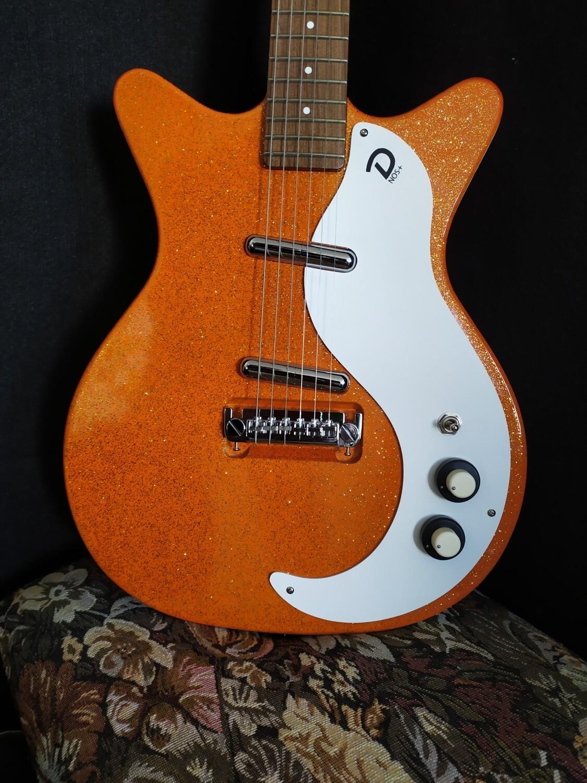 Danelectro 59M NOS+ Orange Metal Flake