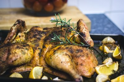 RESERVATION - FRESH Whole Chicken 5 - 6 lbs