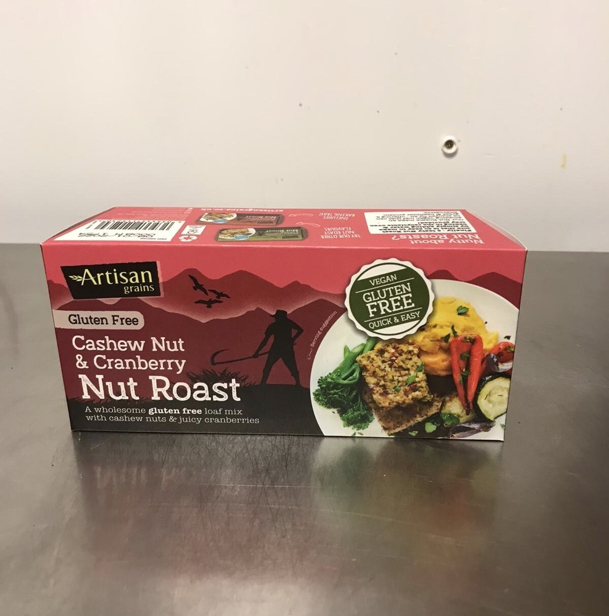 Artisan Grains Nuts Roast Cahew Nut and Cranberry