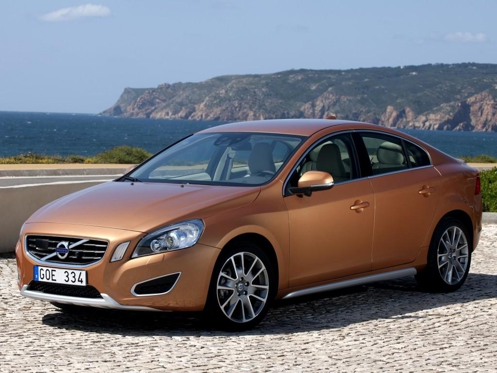 VOLVO S60 2010-