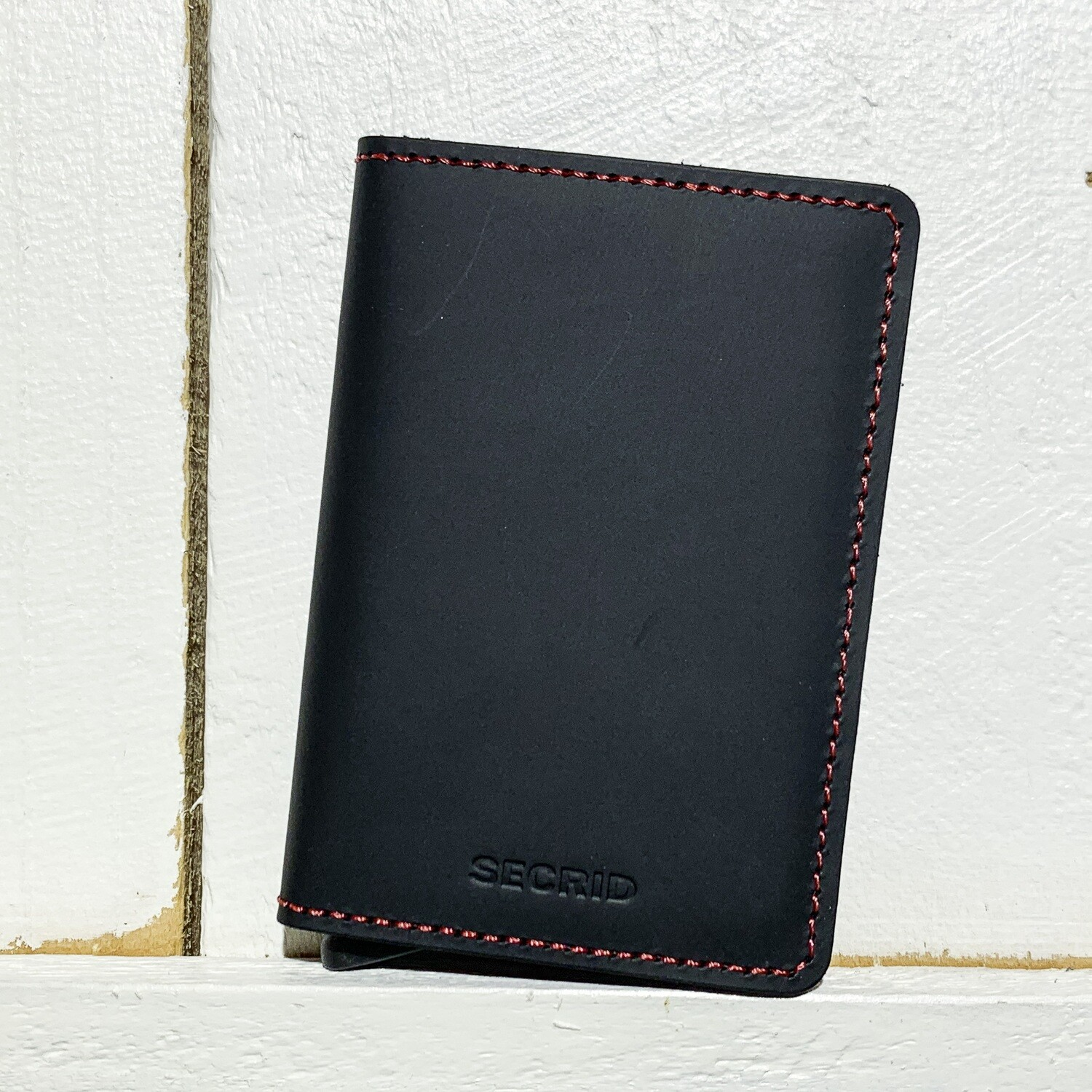 SECRID –  Slimwallet Matte Black Red
