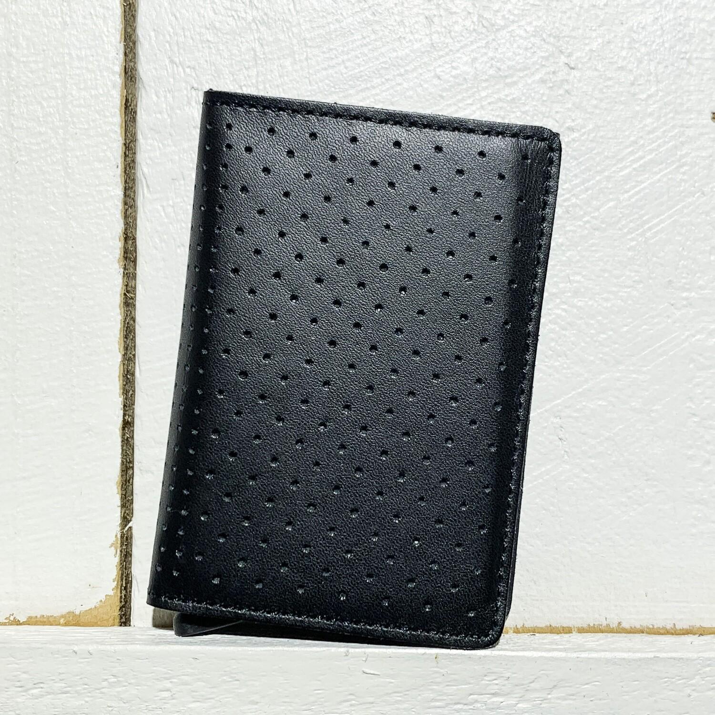 SECRID –  Slimwallet Perforated Black