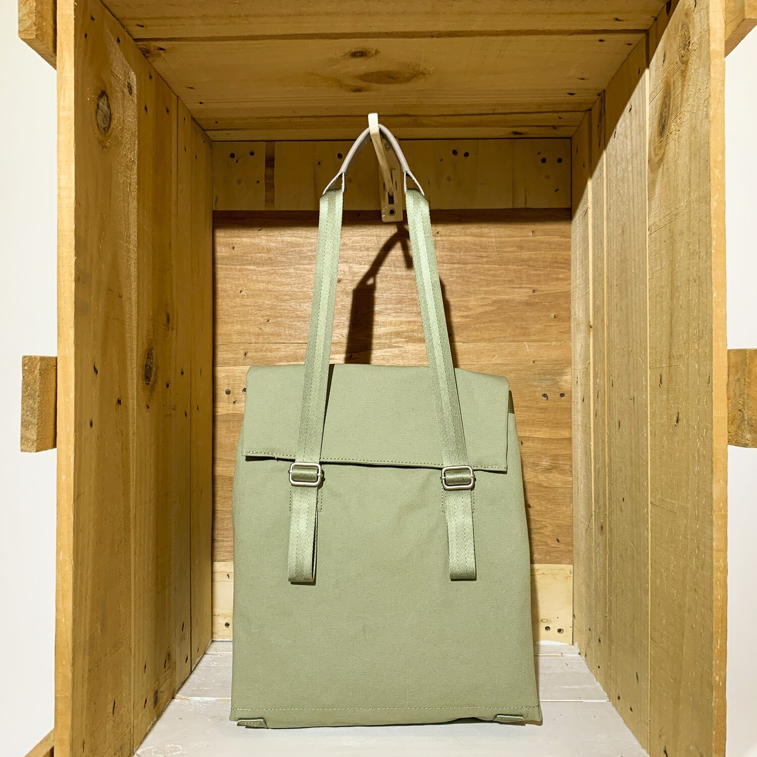 QWSTION – Small Tote Organic Moss