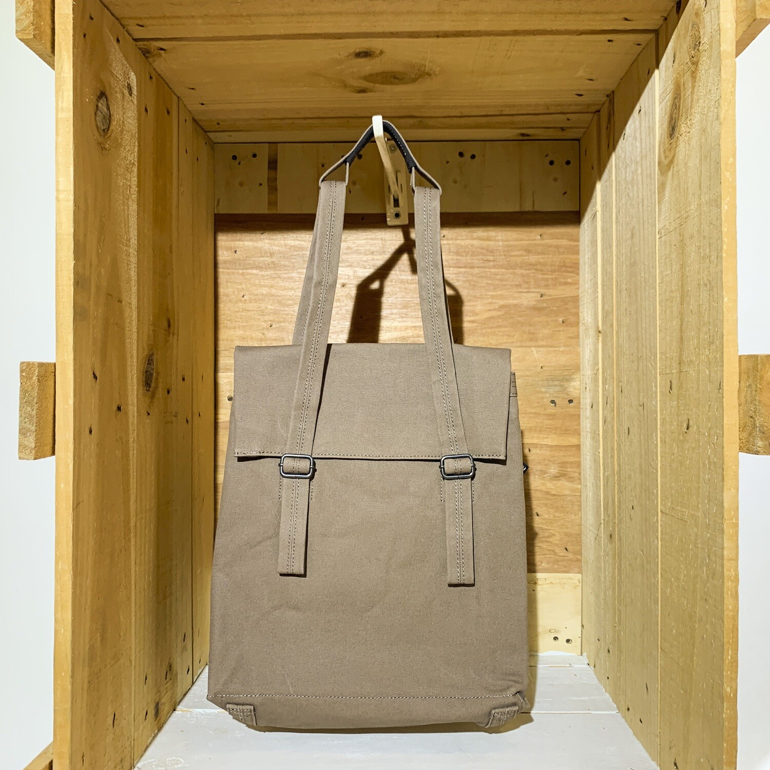 QWSTION – Small Tote Vegan Driftwood