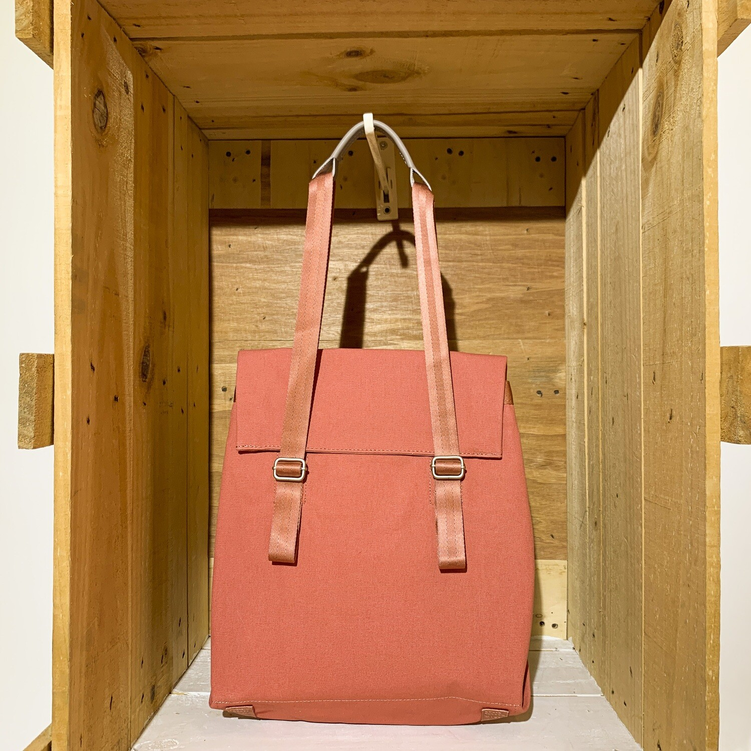 QWSTION – Small Tote Organic Brick