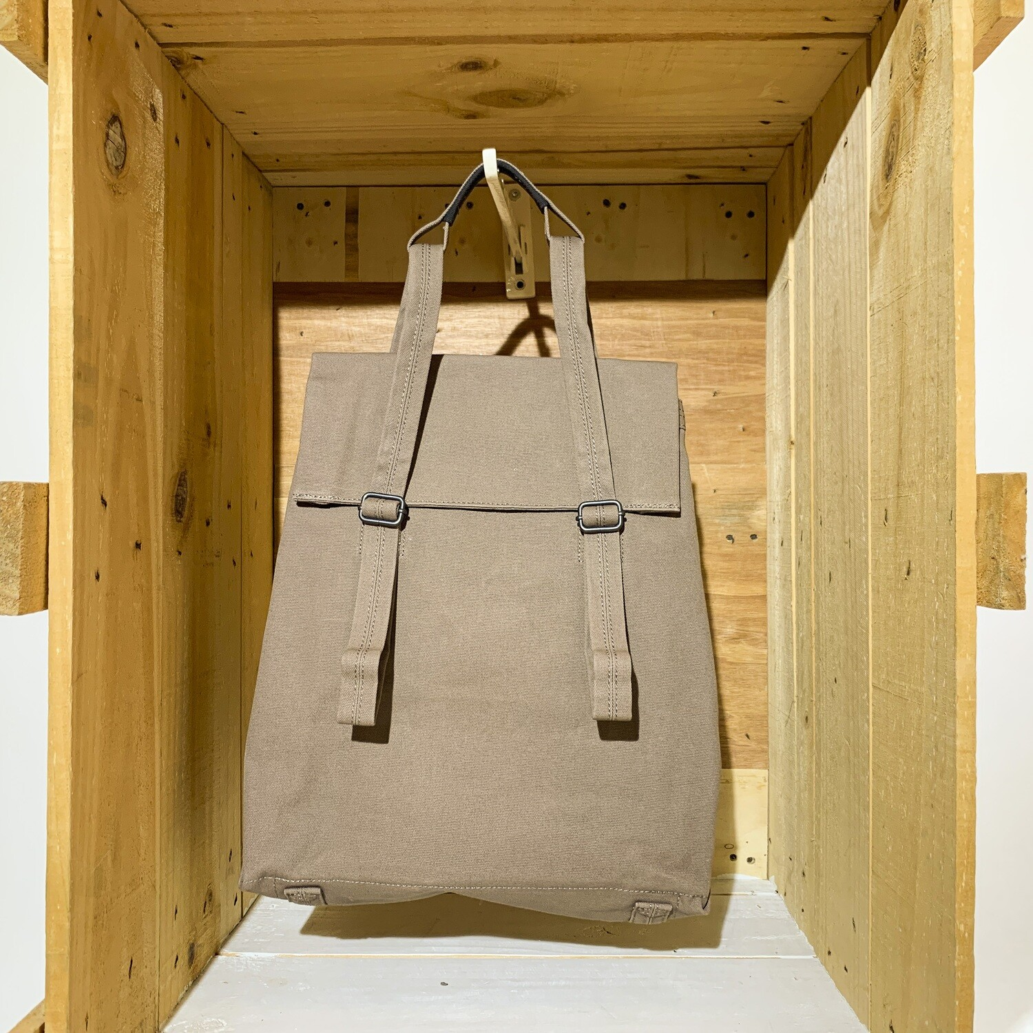 QWSTION – Halfday Tote Vegan Driftwood