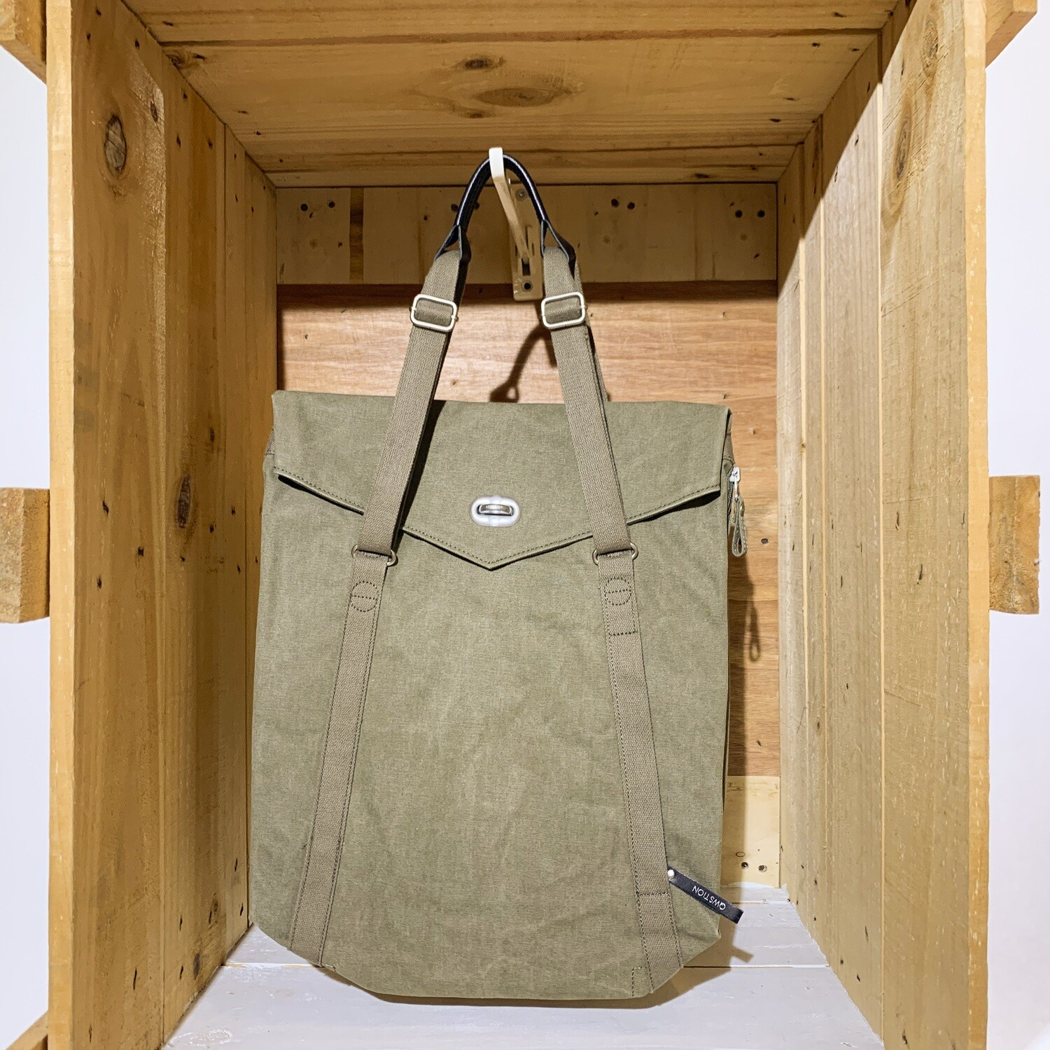 QWSTION – Tote Olive