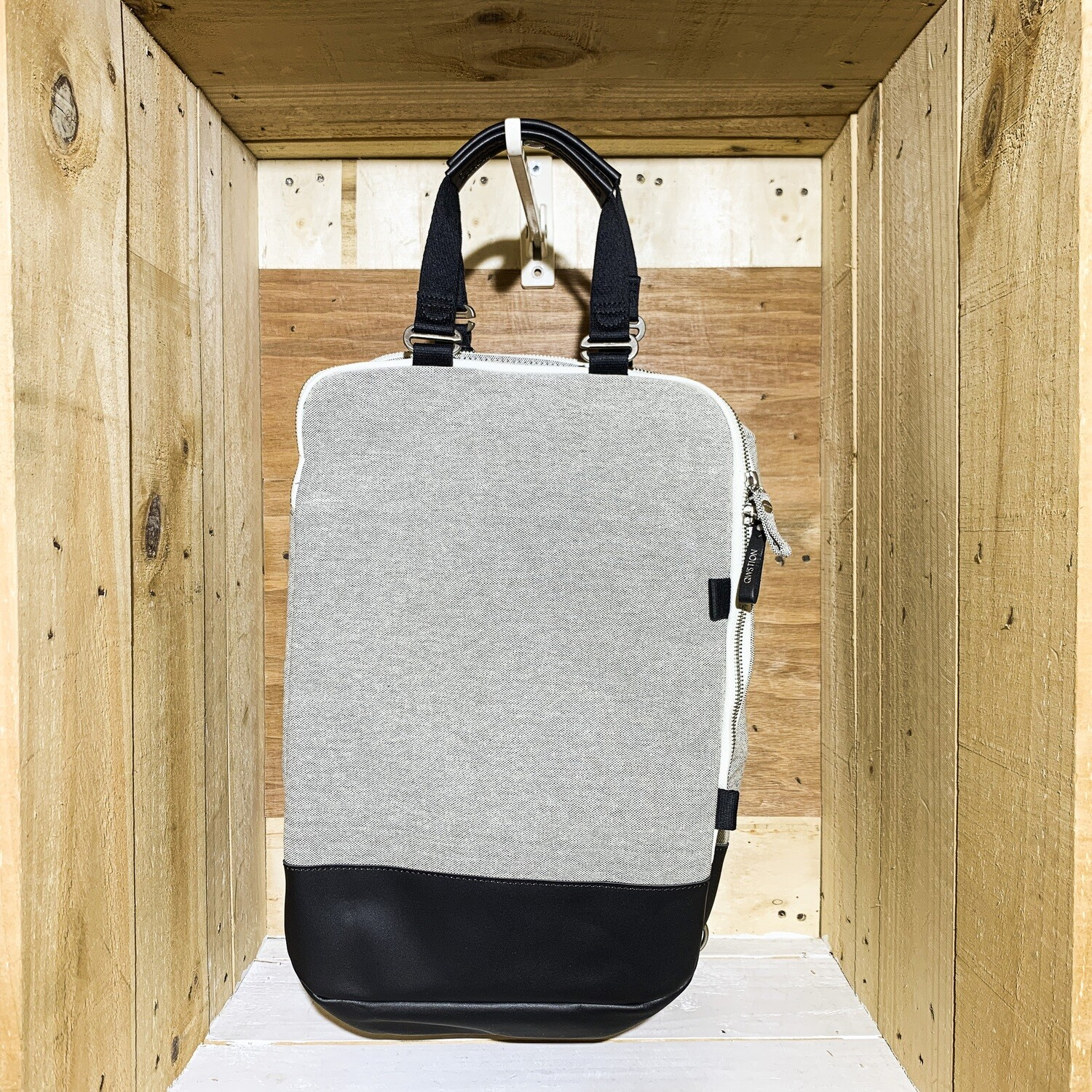 QWSTION – Day Pack Raw Blend Leather Canvas