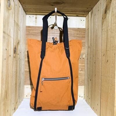 QWSTION – Medium Bucket Orange