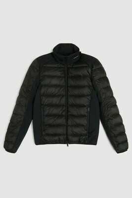 WOOLRICH | TECH GRAFEEN