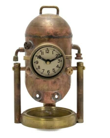 Diver Helmet Desk Clock
