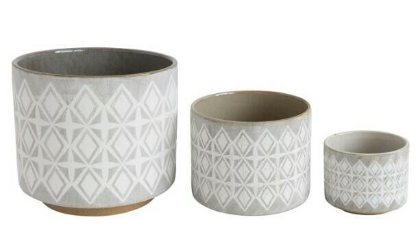 Grey & Cream Diamond Pot