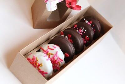 Chocolate Hand-Dipped Oreos