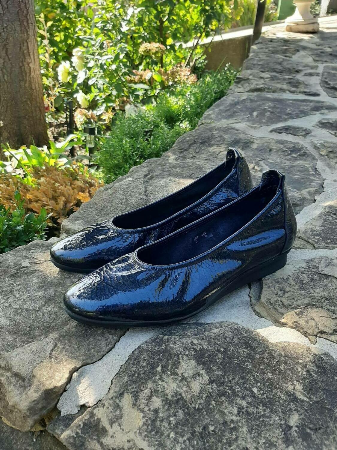 French Patent Navy Flat