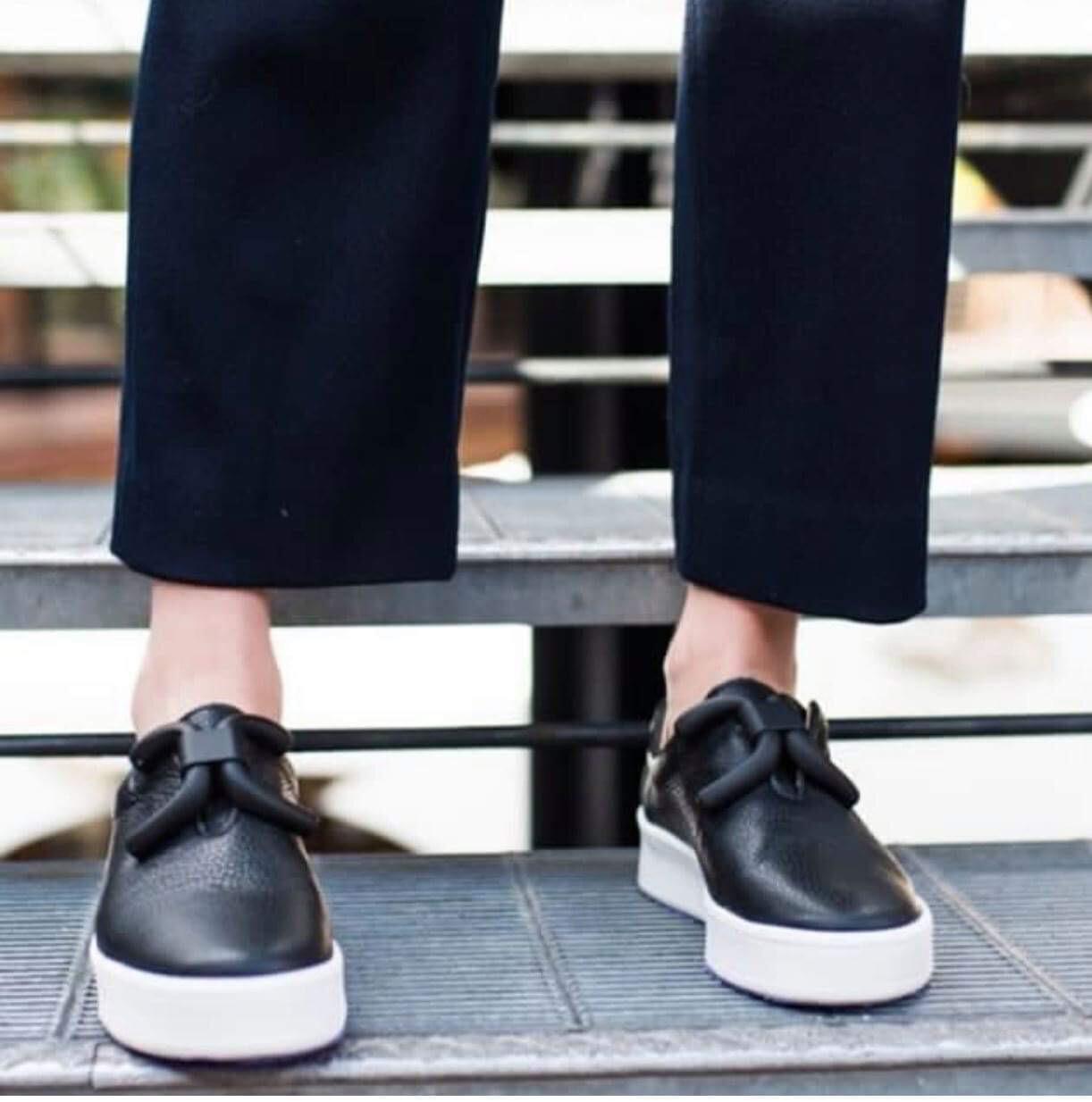 Luxe Buckle Sneaker - Black & Black