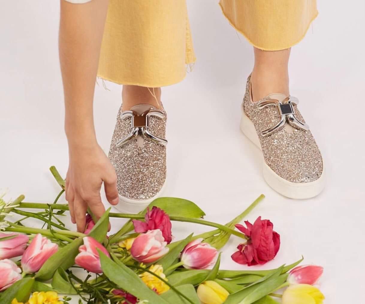 Luxe Buckle Sneaker - Silver & Silver