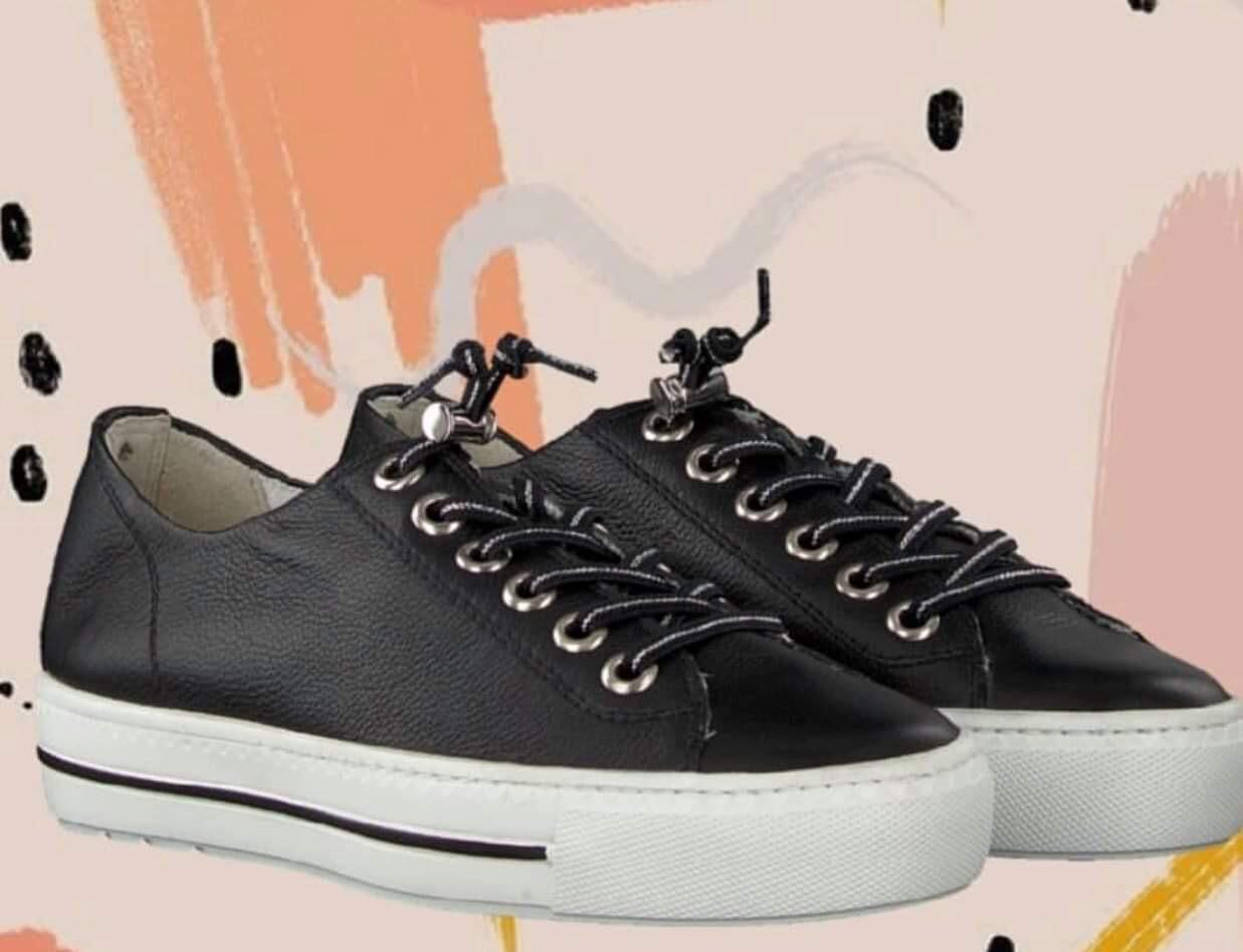 Elastic Lace Sneaker - Black