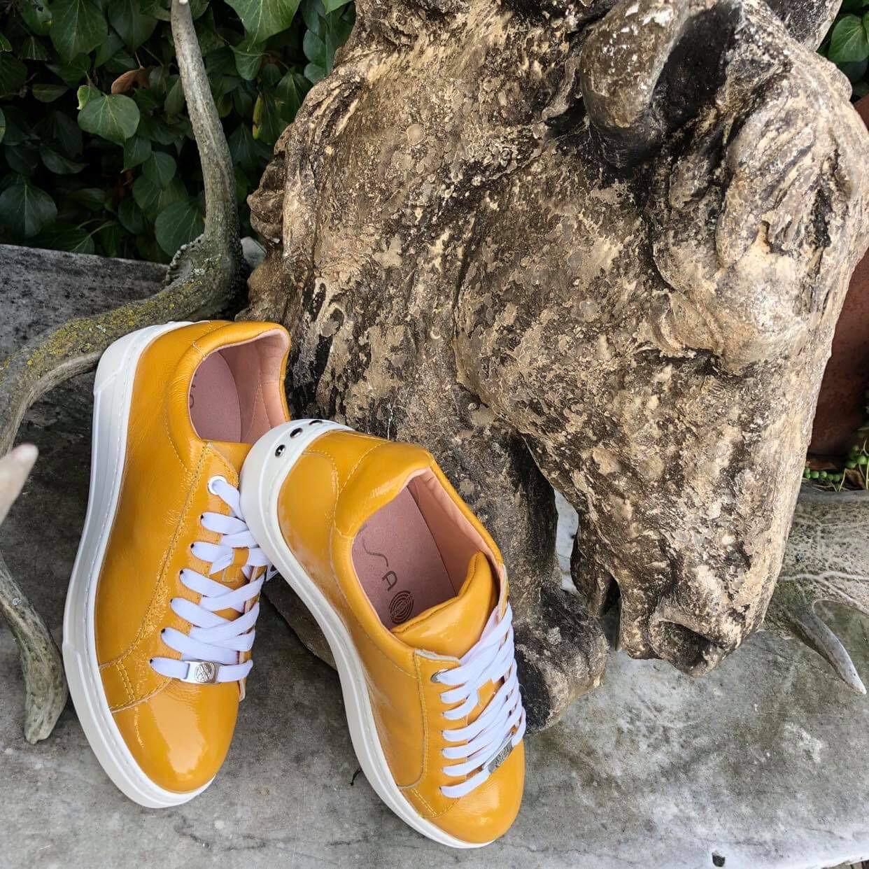 Mustard Sneaker