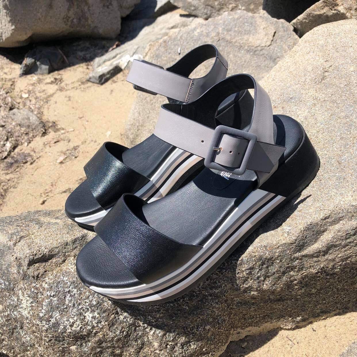 Two Tone Platform Sandal