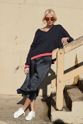 Alessandra Love Sweater - Navy