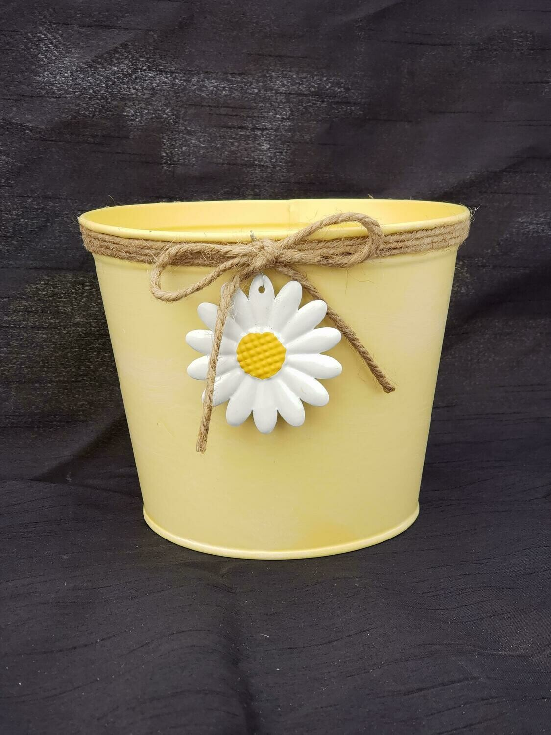 MD Yellow Daisy Pot