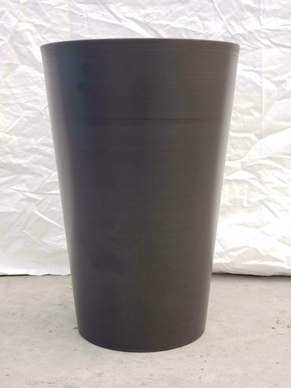 SM S/W RND Vase