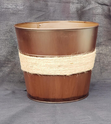 MD Brown Pot