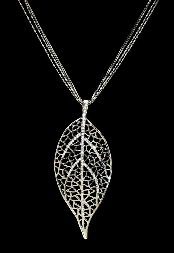 Leaf W/Crystal Necklace
