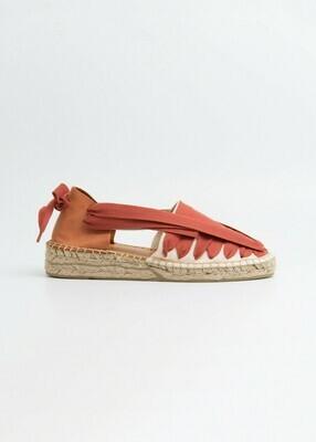 Soc Shoe, Naguisa