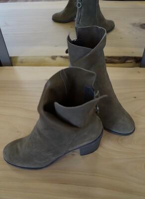 Bit Boot, Fiorentini & Baker