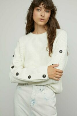 Button Sleeve, CLOSED Official