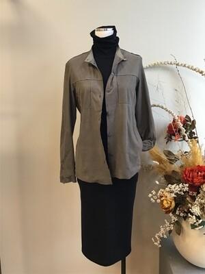 Grey Leather, Transit Par-Such