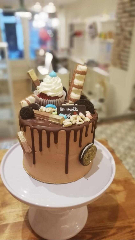 Nutella drip cake