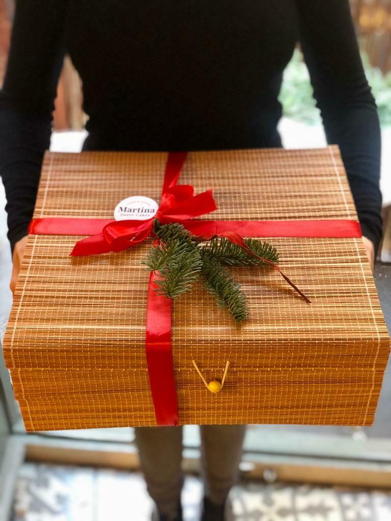 Christmas box 8-10 persones