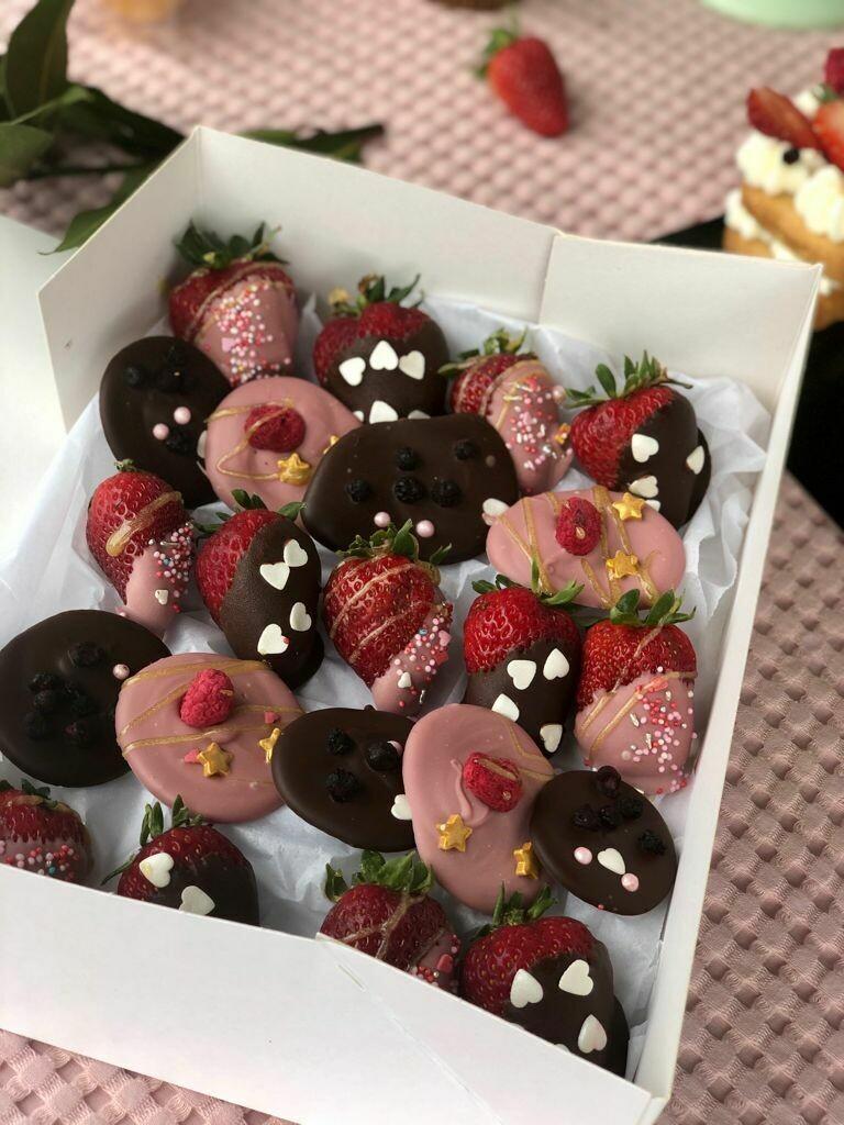 Caixa de maduixes amb xocolata