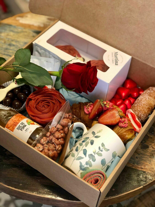 Caixa esmorzar Sant Jordi amb Rosa vermella