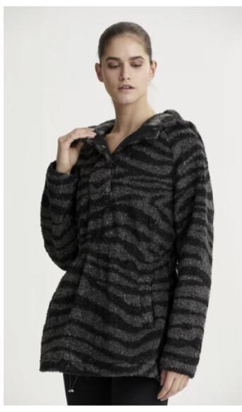 Varley, Whitfield Pullover, Black Zebra