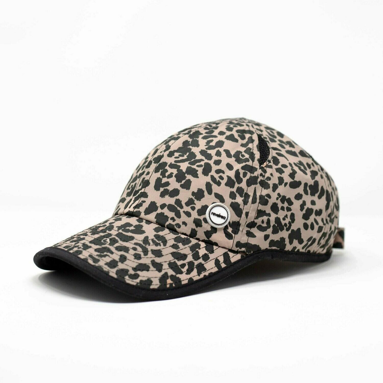 Revelrea, Cap, Leopard