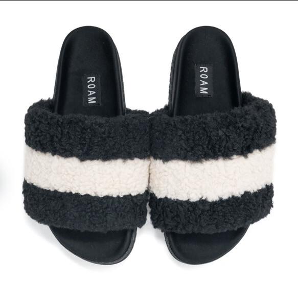 Roam, Fuzzy Puff, Black & White