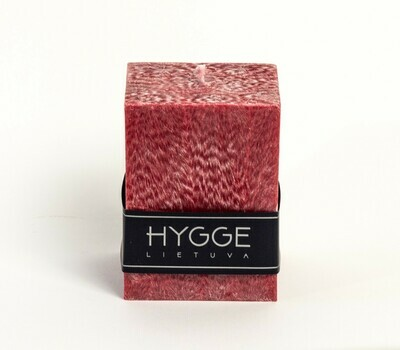 HYGGE raudona kvepianti žvakė