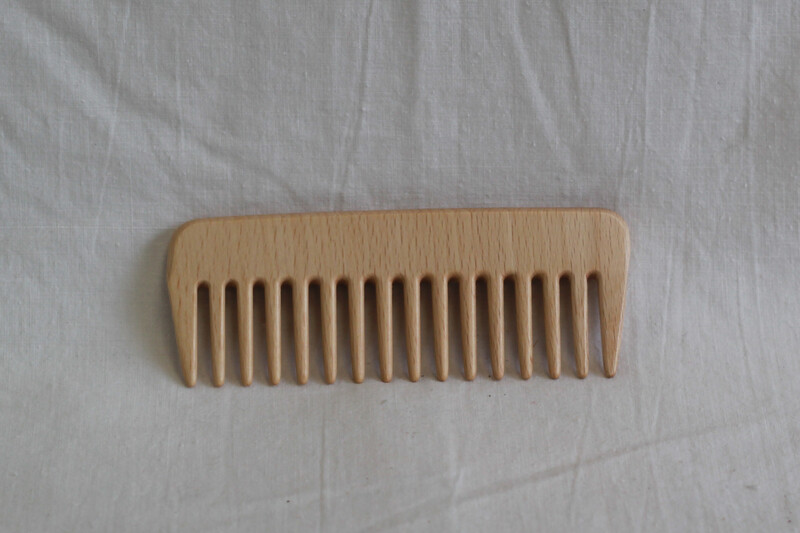 EcoLiving Wooden Styling Comb