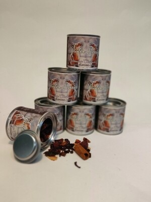 REDUCED TO CLEAR!!!!!Guru Tea Winter Berries Tin  40g